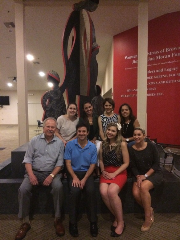 O'Connell & Goldberg PR volunteers at Women in Distress